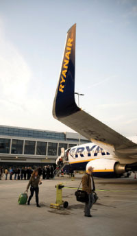 Europe's airports see route reductions of around 7% in 2009