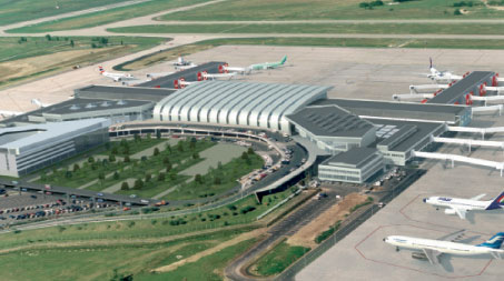 Is the economic climate affecting airport privatisations & acquisitions?