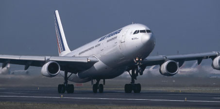 On 7 May, the European Parliament adopted a proposed Regulation that suspends the 'use it or lose it' rule on airport slots for the 2009 summer season.