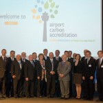 Dr Yiannis Paraschis, outgoing President of ACI EUROPE and Director General Olivier Jankovec, with the representatives of each of the airports participating in Airport Carbon Accreditation. At launch, the scheme received commitments from 33 airports in 11 countries, accounting for 26% of European airport traffic.