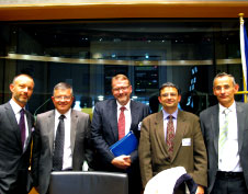 Speakers at the EP hearing (L to R): Olivier Jankovec of ACI EUROPE, Frank Proust MEP, Andrew Charlton of Aviation Advocacy, Philippe Alotti of Union des Aeroports Francais and Alain Alexis, DG Competition, European Commission.