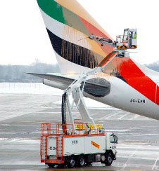n severe winter conditions, Vestergaard's state-of-the-art deicing vehicles are fundamental to ensuring that aircraft are prepared for a risk-free take-off.