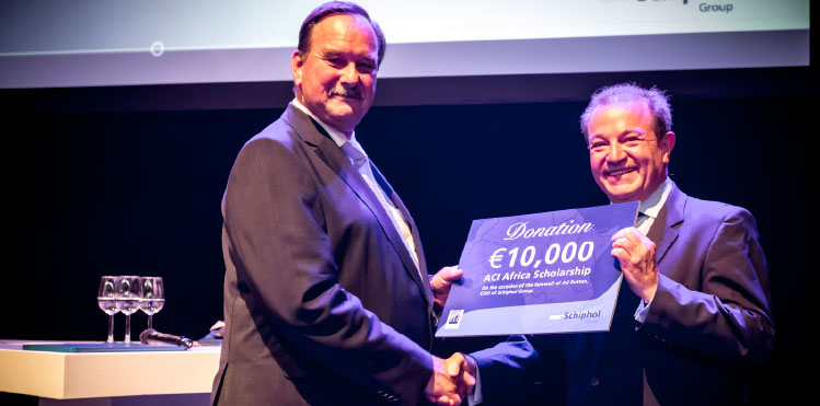 €10,000 donation to ACI Africa Scholarship on occasion of  Ad Rutten's retirement