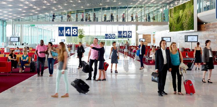 Paris-Charles de Gaulle hub airport