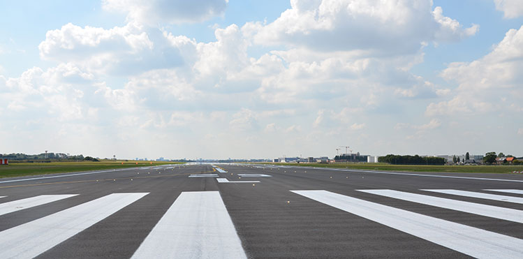Brussels Airport Runway 25l 07r Renovation Is Completed
