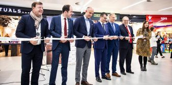 Prague Airport expands retail space with opening of new commercial zone in Terminal 2