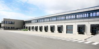 Fraport hands over new air cargo warehouse to Swissport