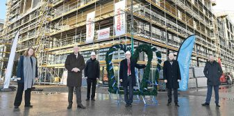 Munich Airport celebrates roofing ceremony for 'LAB 48'